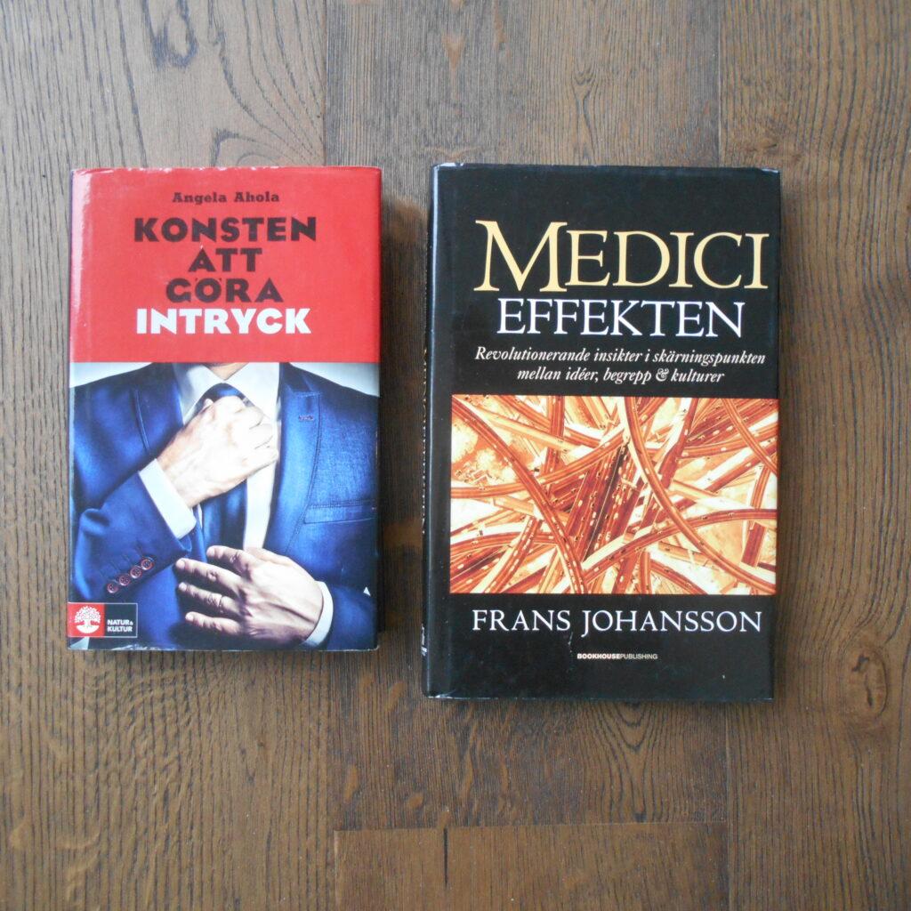 Foto på bok av Angela Ahola och bok av Frans Johansson